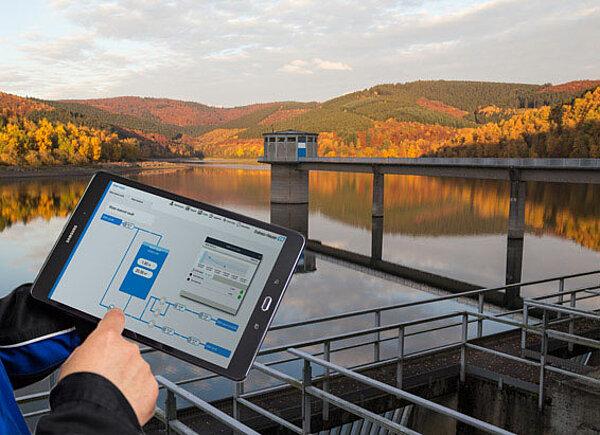 Monitoring water networks digitally